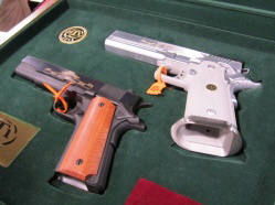 STI1911CommerativeSetsm